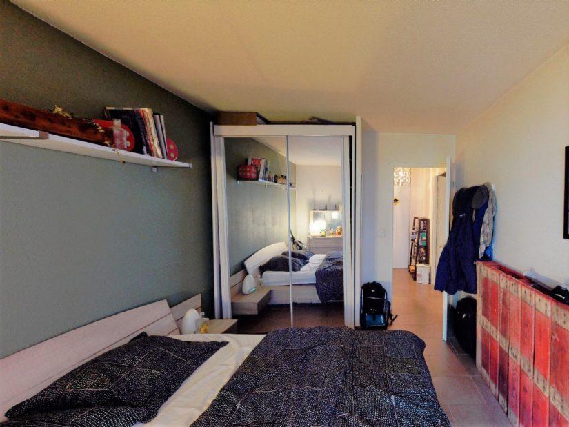 appartement à vendre à alfortville: 2 pièces, chambre à coucher, lit double, étagère
