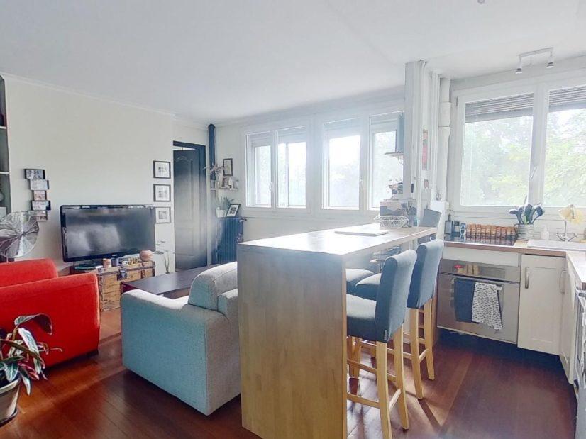appartement à vendre charenton: 3 pièces, séjour bien agencé avec sa cuisine équipée