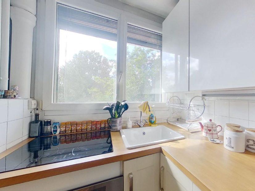 appartement à vendre à charenton le pont: 3 pièces, cuisine aménagée et équipée