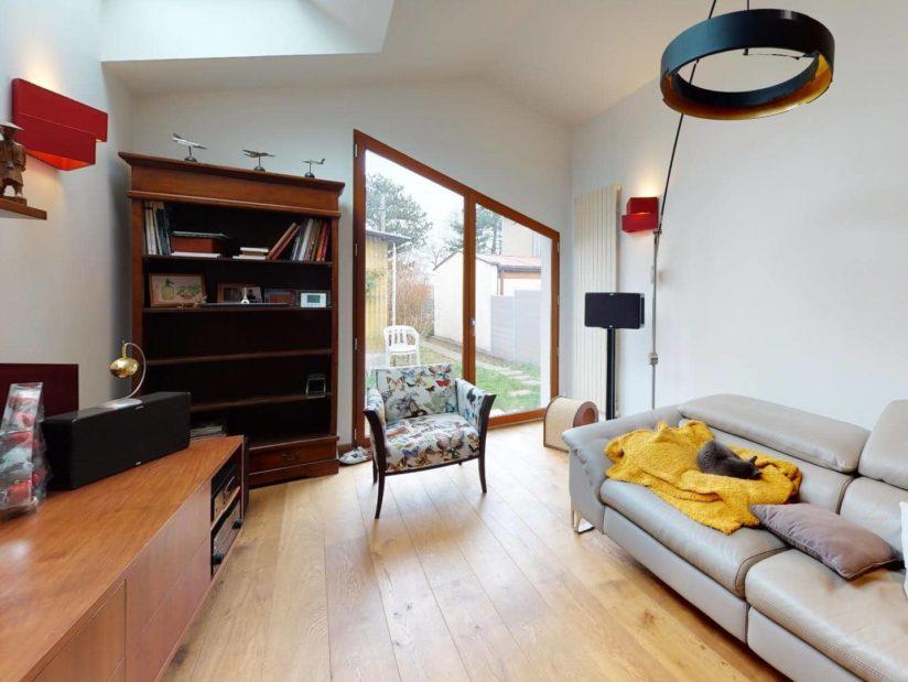 évaluer une maison gratuitement: 3 pièces 90 m², pièce principale donnant sur le jardin