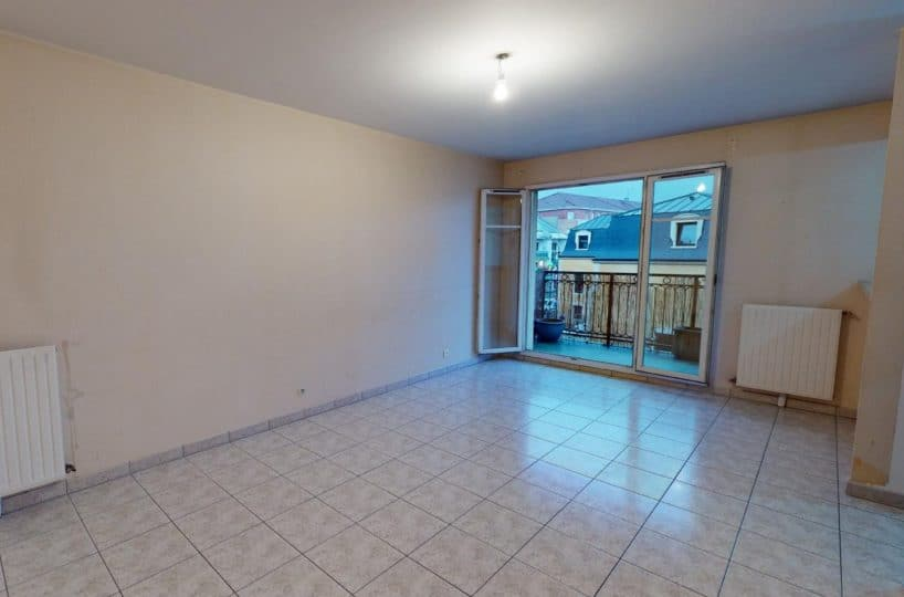 appartement alfortville location: 2 pièces 41 m², séjour avec cuisine semi-ouverte accès balcon