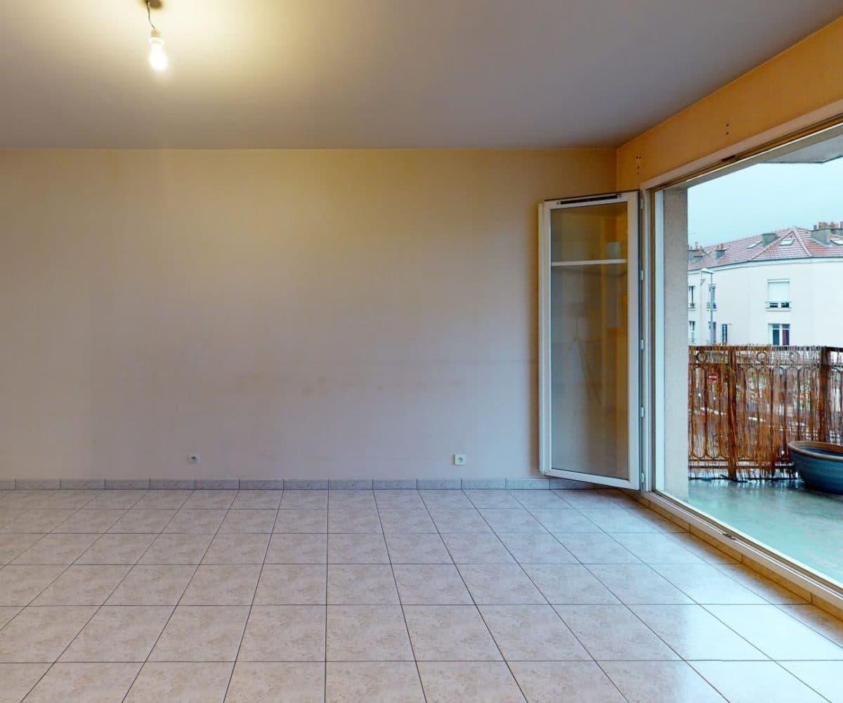 agence l'adresse alfortville: 2 pièces 41 m², séjour lumineux avec accès au balcon