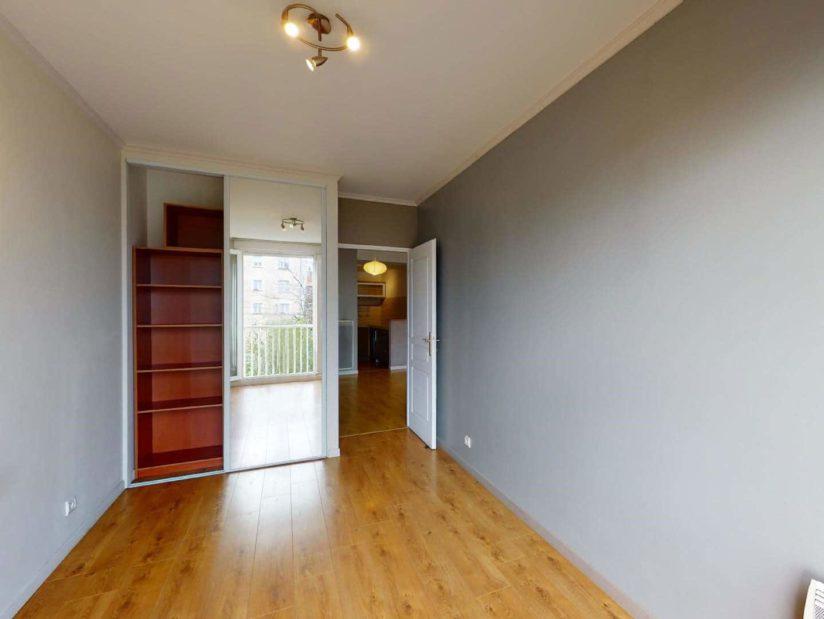 louer appartement à alfortville: 4 pièces, 1° chambre à coucher avec armoire / penderie
