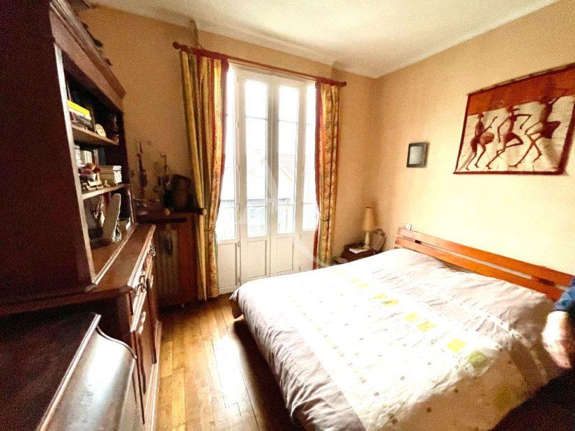 agences immobilières maisons alfort: 4 pièces, 2° chambre à coucher, grand lit double