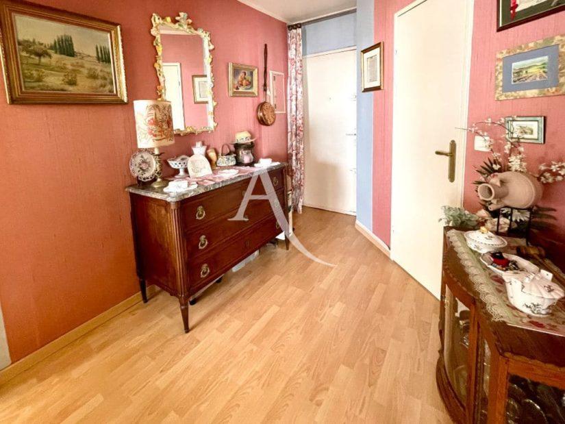 vente appartement maison alfort: 2 pièces 57 m², belle entrée avec dressing