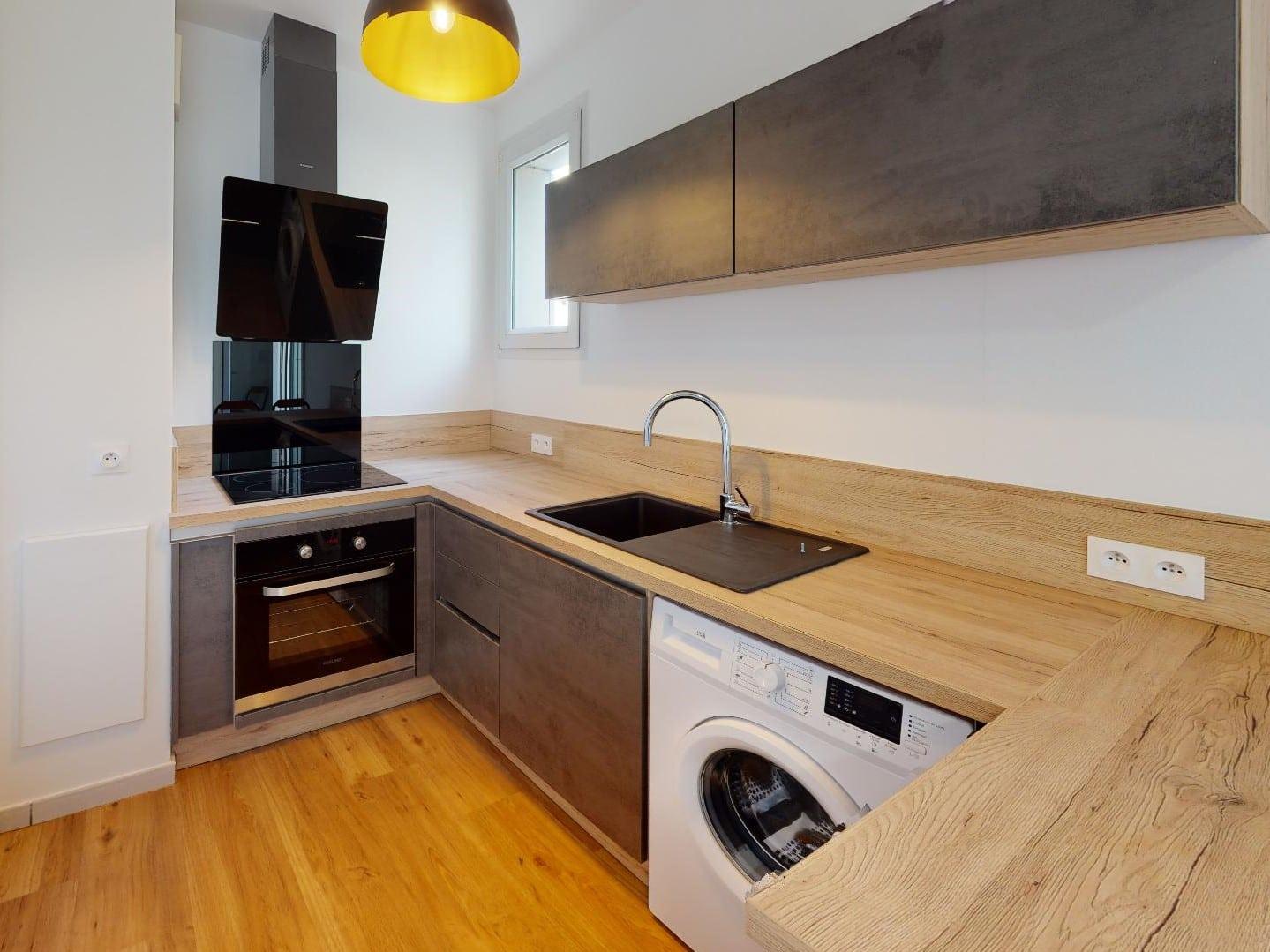 studio à louer maison alfort: 33 m², cuisine équipée: four, plaques, hotte, lave linge