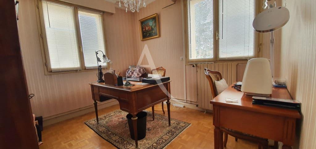 l4adresse: maison 5 pièces 141 m², dont une bureau au 1er étage