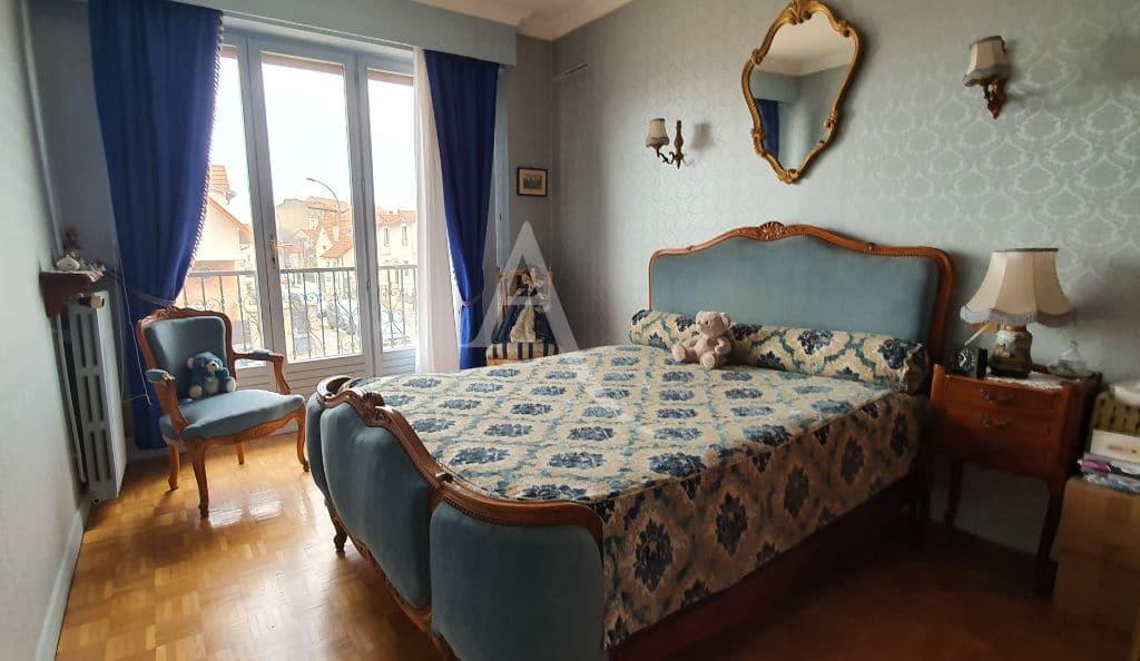 agence immobiliere du val de marne: maison 5 pièces 141 m², chambre au 1er étage