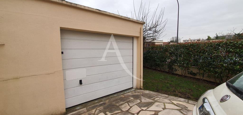 maison à vendre avis: 5 pièces 141 m², jardin 302 m² et garage