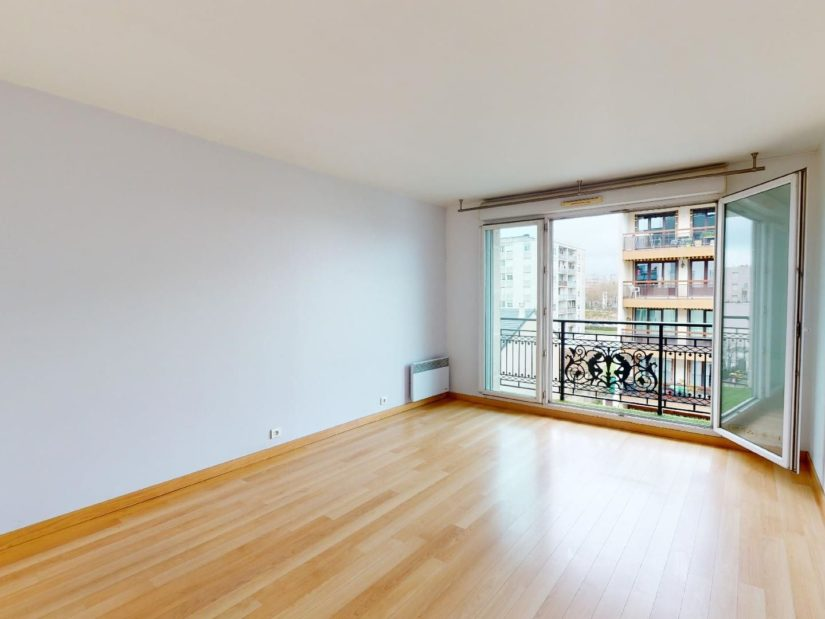 agence immo alfortville: location 2 pièces 46 m², séjour avec parquet et balcon, proche centre ville