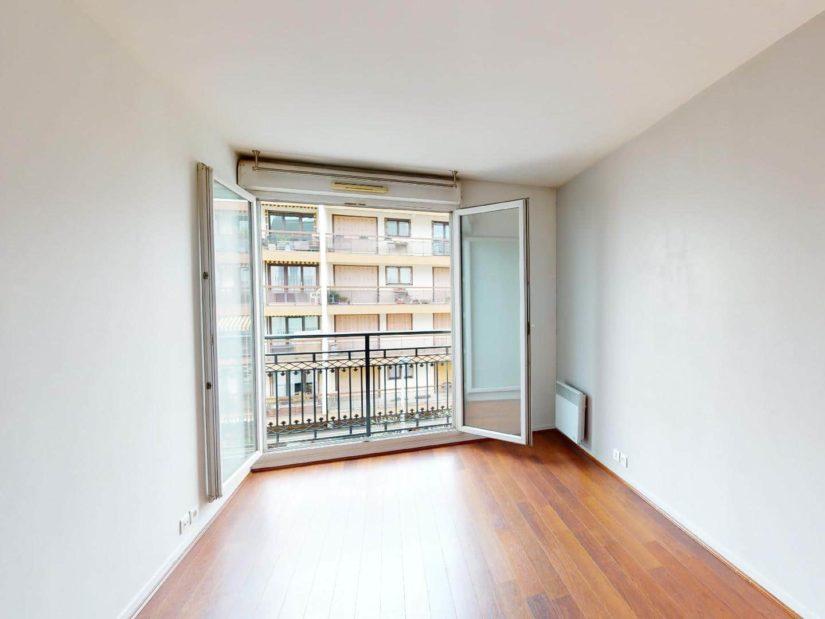 louer appartement à alfortville: 2 pièces 46 m², grande chambre à coucher avec balcon