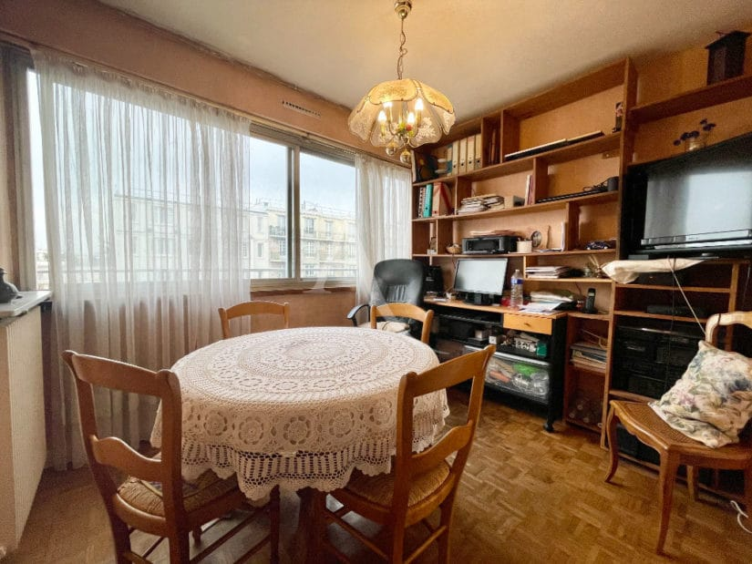 appartement à vendre charenton: 5 pièces 84 m², séjour avec fenêtres à ouverture coulissante