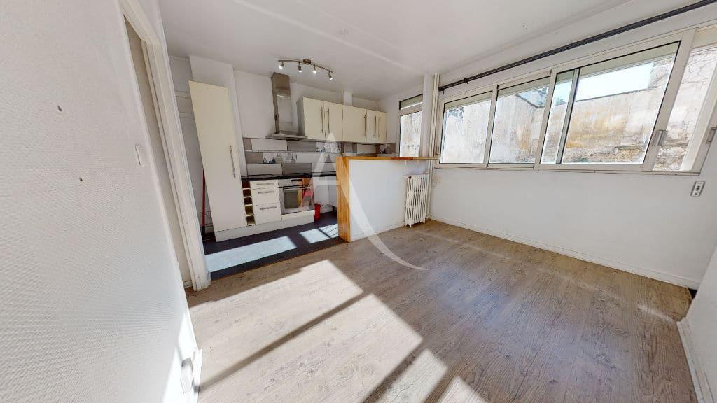 achat appartement charenton le pont: 2 pièces 37 m², séjour lumineux avec cuisine ouverte
