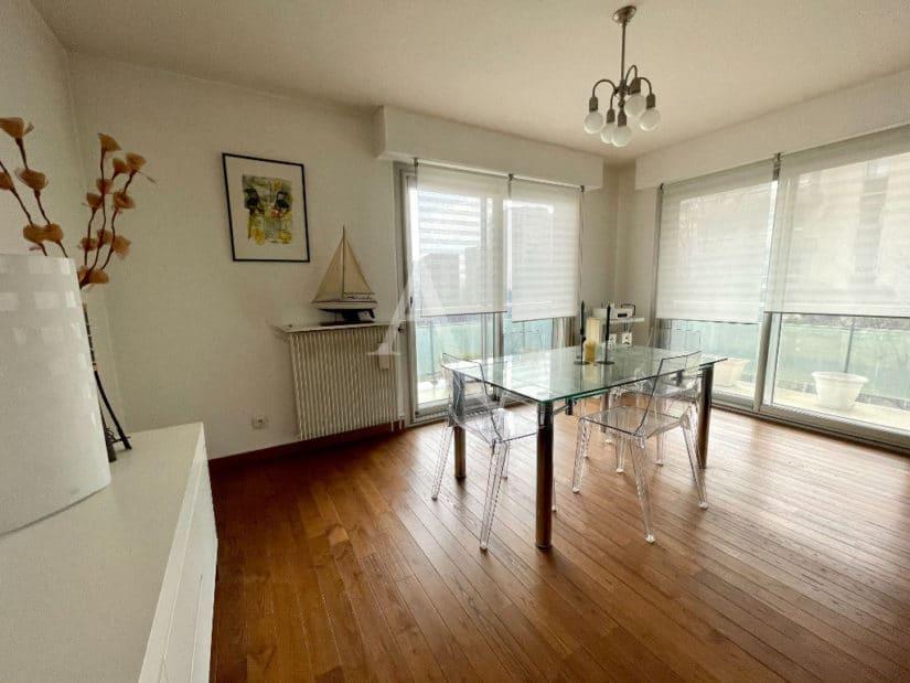 achat appartement charenton le pont: 4 pièces 81 m², spacieux séjour avec balcon