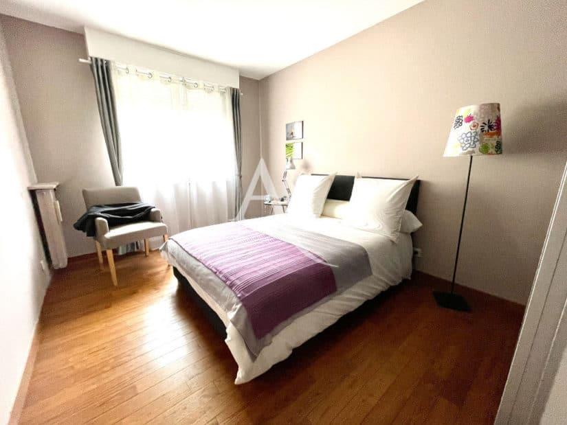 appartement à vendre à charenton le pont: 4 pièces 81 m², chambre à coucher lumineuse