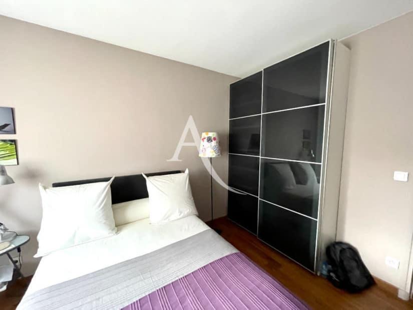 appartement à vendre à charenton: 4 pièces 81 m², chambre à coucher avec beau dressing