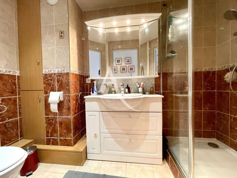 maison alfort vente appartement: 3 pièces 60 m², salle d'eau avec douche à l'italienne