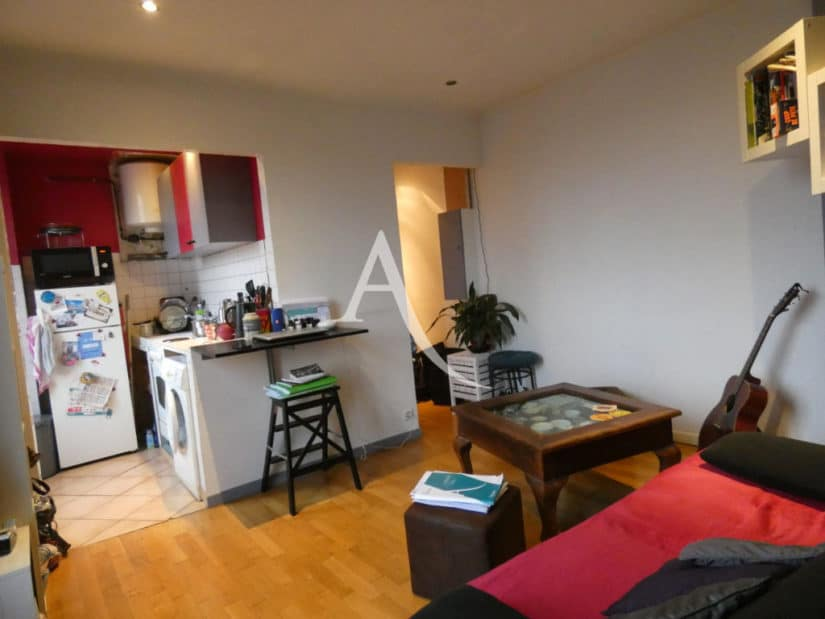 agence alfortville: 2 pièces 32 m², séjour avec cuisine ouverte, branchement lave-linge