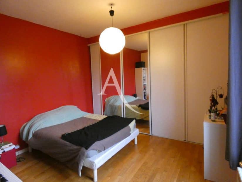 appartement à vendre à alfortville: 2 pièces 32 m², chambre à coucher, armoire / penderie