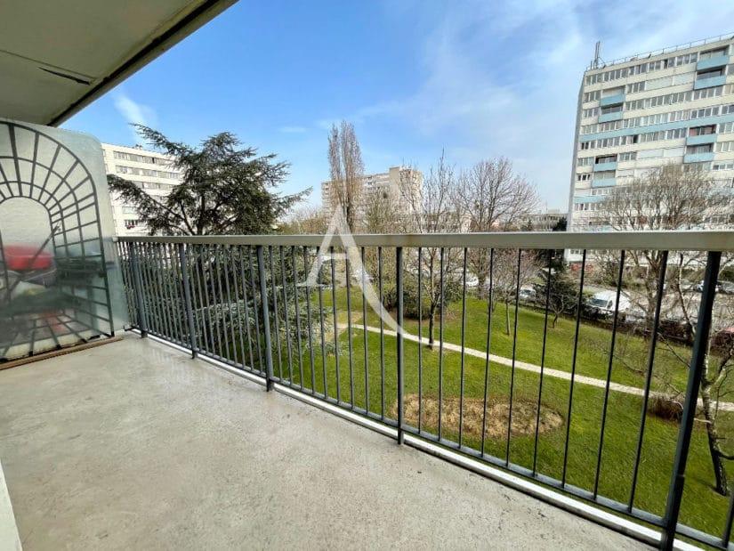 studio à vendre à maisons-alfort: 30 m², balcon / terrasse donnant sur jardin