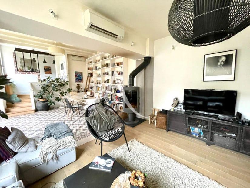 agence immo maisons-alfort: pavillon 6 pièces 136 m², séjour lumineux de 50 m² donnant sur jardin