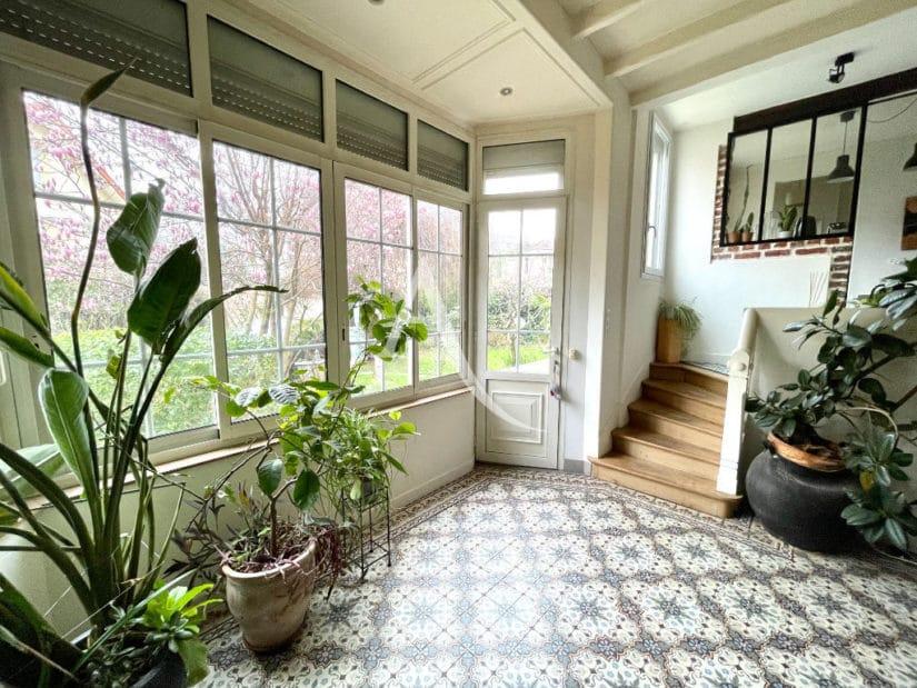 agence immo maison-alfort: pavillon 6 pièces 136 m², belle entrée lumineuse, plein sud