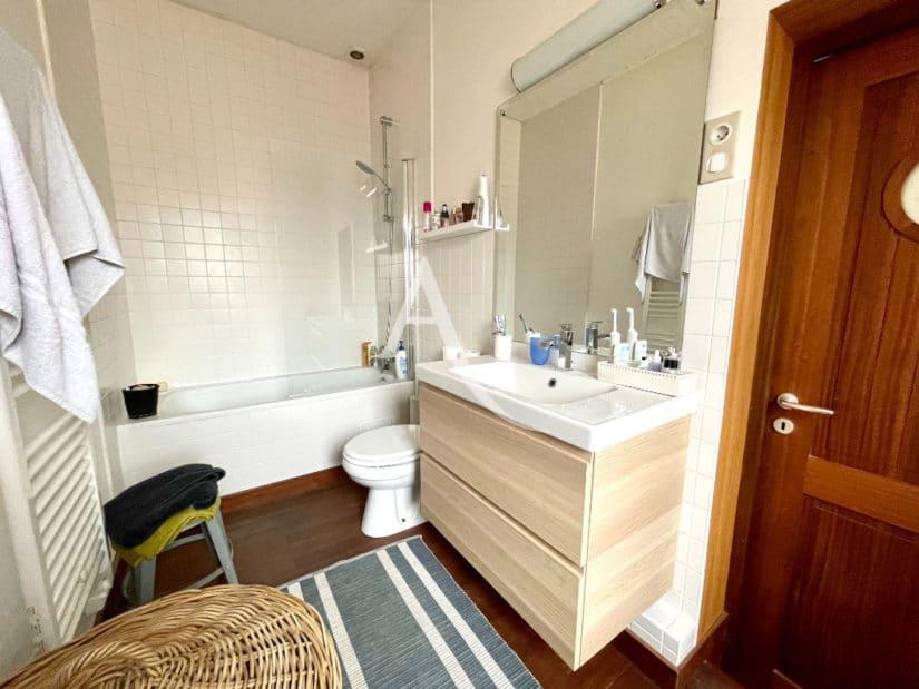 vente maison à maisons alfort: 6 pièces 136 m², salle de bain, baignoire et wc