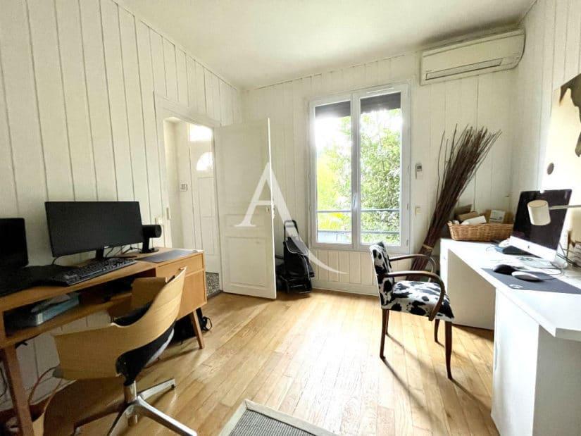 maison maison alfort: 6 pièces 136 m², beau bureau bien éclairé, climatiseur