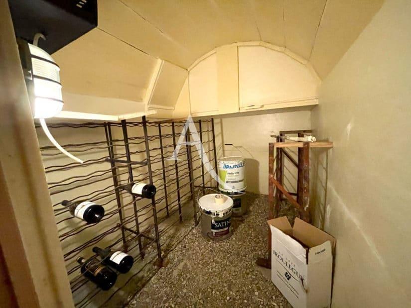 agence maison alfort: villa 6 pièces 136 m², au sous-sol, belle cave à vin
