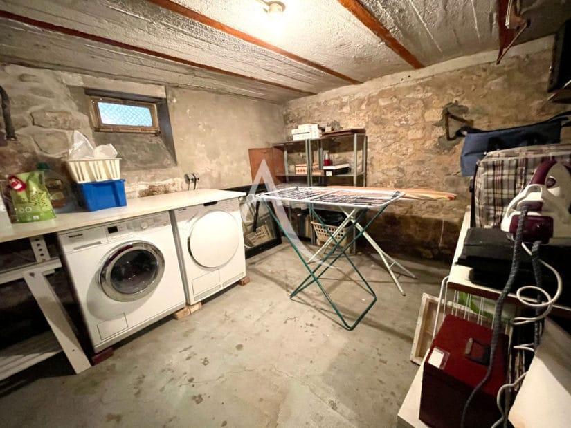 agence immobilière maisons-alfort: villa 6 pièces 136 m², buanderie, raccordements lave-linge