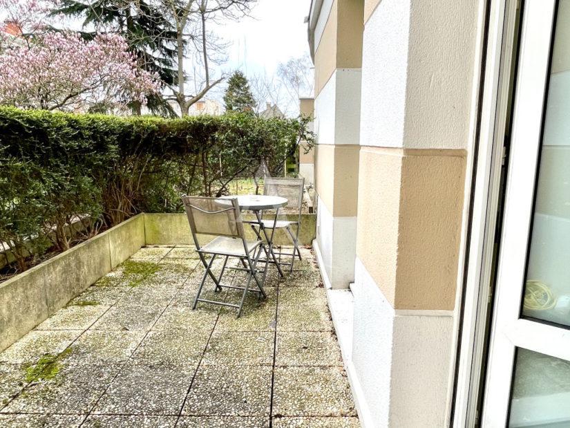 vente appartement maisons-alfort: 2 pièces 47 m², belle terrasse, coin détente