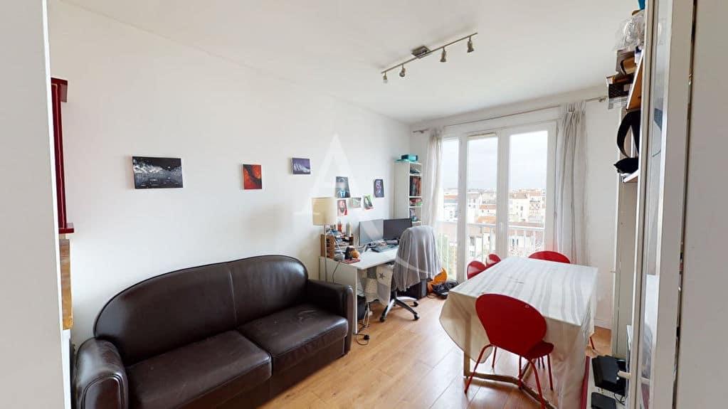 appartement à vendre à alfortville: 2 pièces 38 m² meublé, séjour avec terrasse de 30 m²