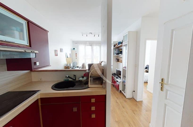 appartement alfortville: 2 pièces 38 m², cuisine ouverte aménagée et équipée