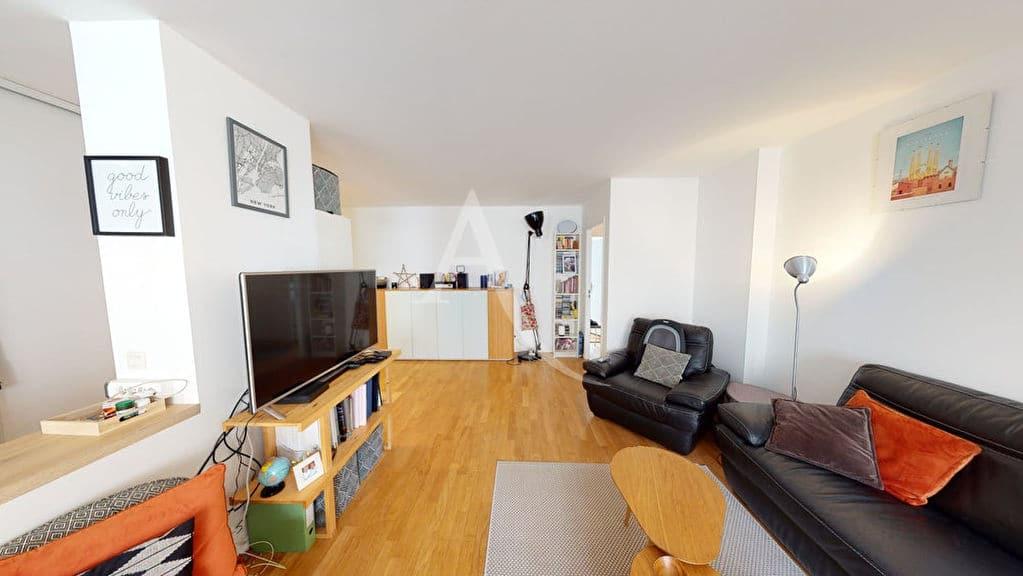 agence alfortville: 4 pièces 92 m², séjour avec balcon, exposé ouest