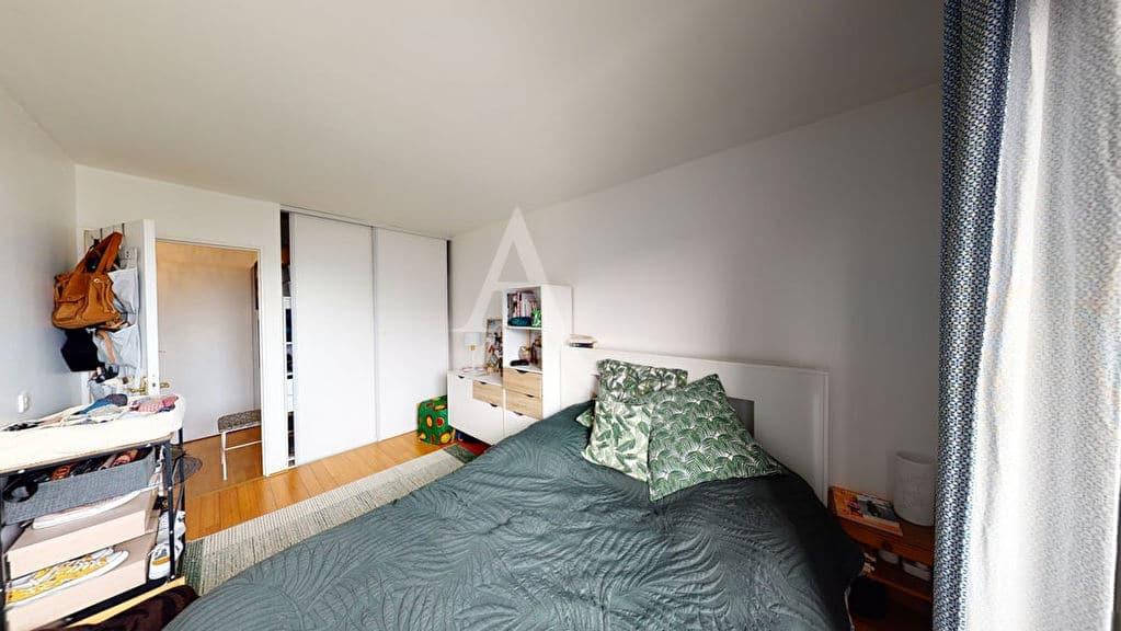 appartement a vendre alfortville: 4 pièces 92 m², 1° chambre avec armoire / penderie