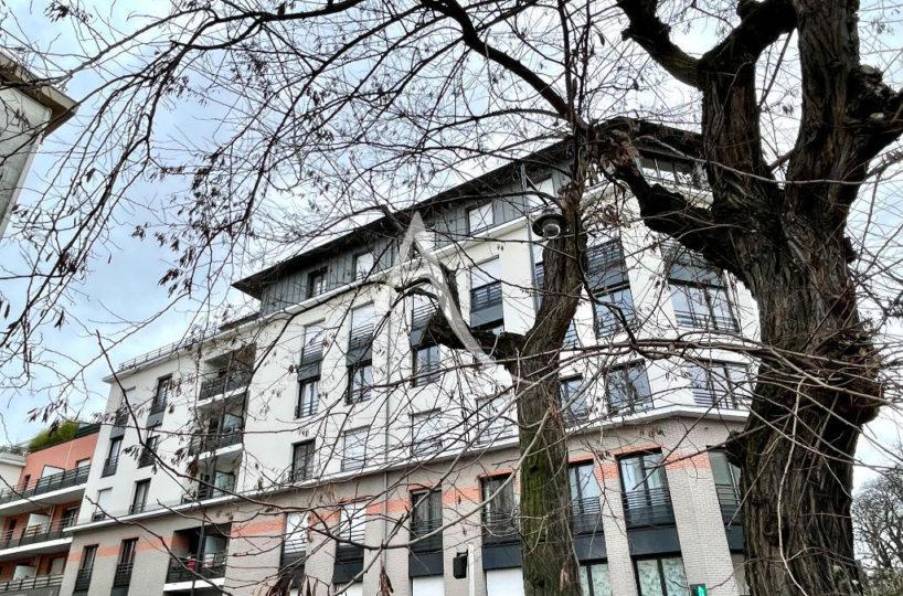 appartement à vendre maisons-alfort: 3 pièces 62 m² avec balcon côté ouest, secteur mairie