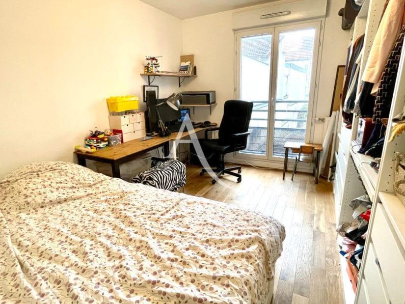 appartement maison alfort: 3 pièces 62 m², 2° chambre à coucher parentale avec balcon