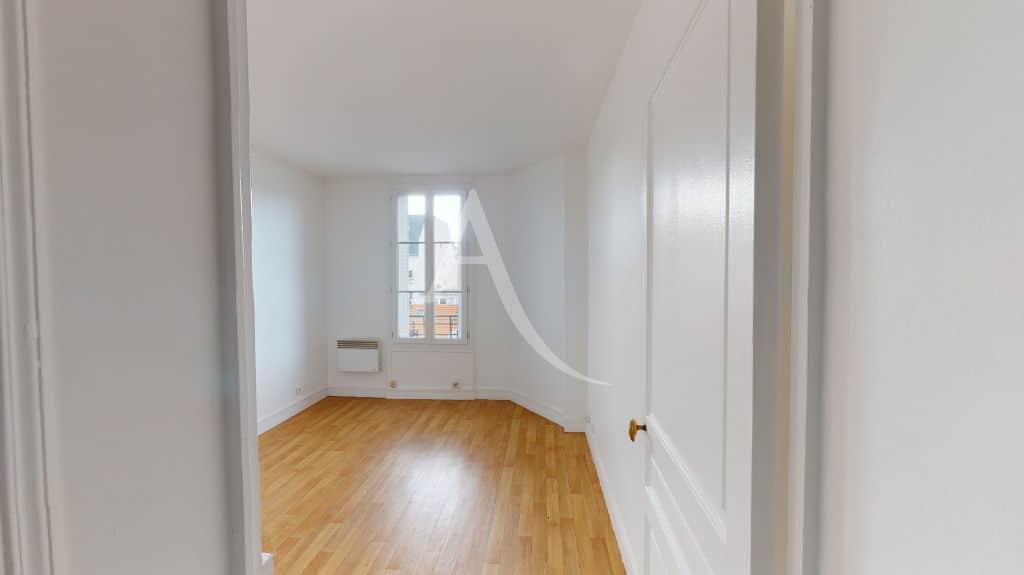 louer appartement alfortville: 2 pièces 30 m², salon lumineux, double exposition