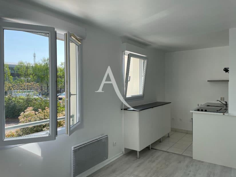 agence immobilière 94: studio de 25 m2 en parfait état, avenue laferrière à créteil
