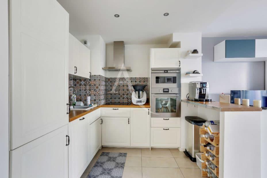 immobilier neuf alfortville: 3 pièces 71 m², cuisine ouverte aménagée et équipée