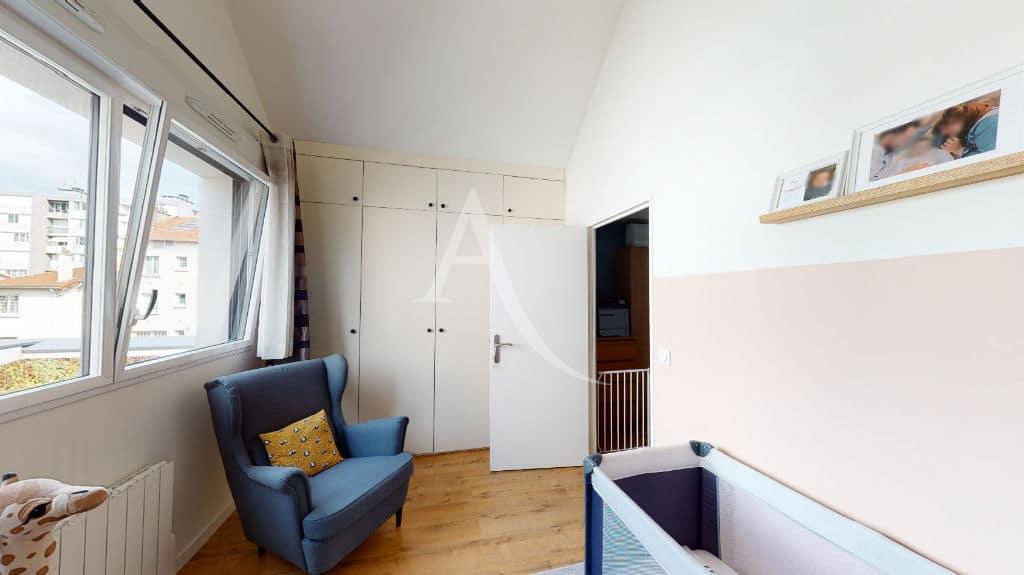 appartement alfortville: 3 pièces 71 m², chambre d'enfant, armoire intégrée