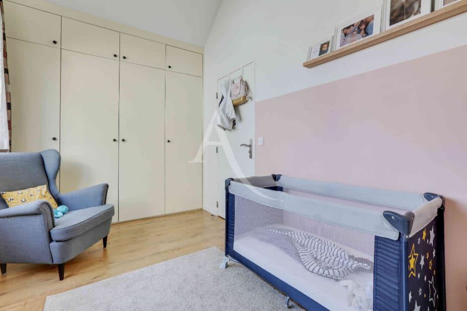 estimation appartement alfortville: 3 pièces 71 m², chambre d'enfant lumineuse