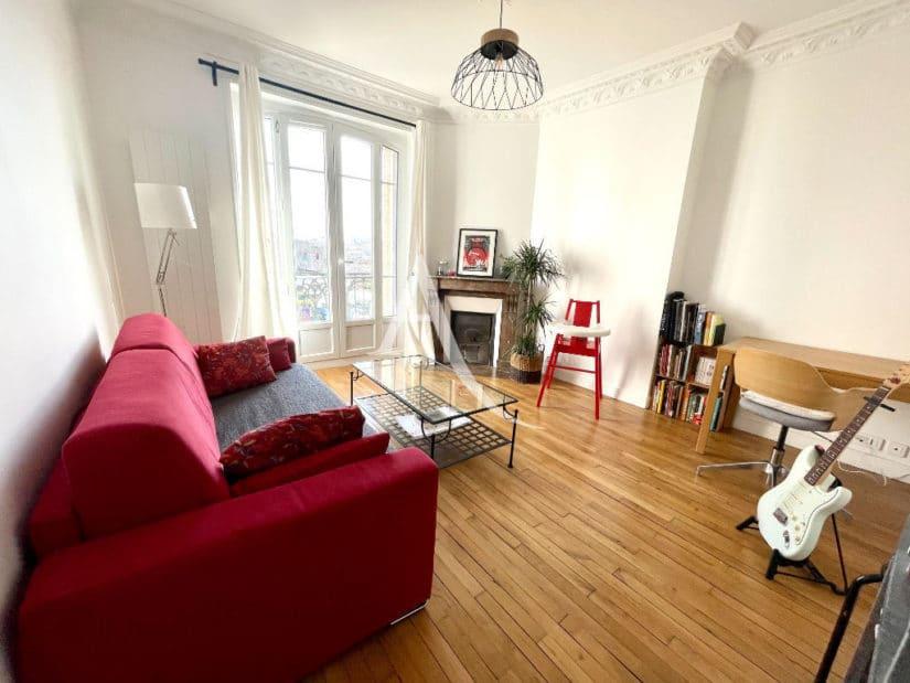 agence alfortville: 3 pièces 55 m², séjour, petit balcon, moulures et cheminée en marbre