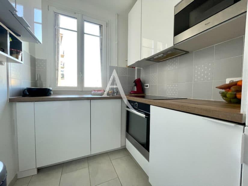 appartement a vendre alfortville: 3 pièces 55 m², cuisine récente, aménagée