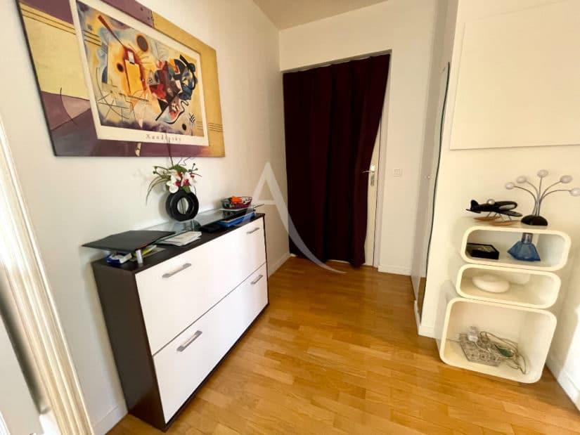 vente appartement maisons alfort: 3 pièces 68 m², entrée lumineuse, résidence calme