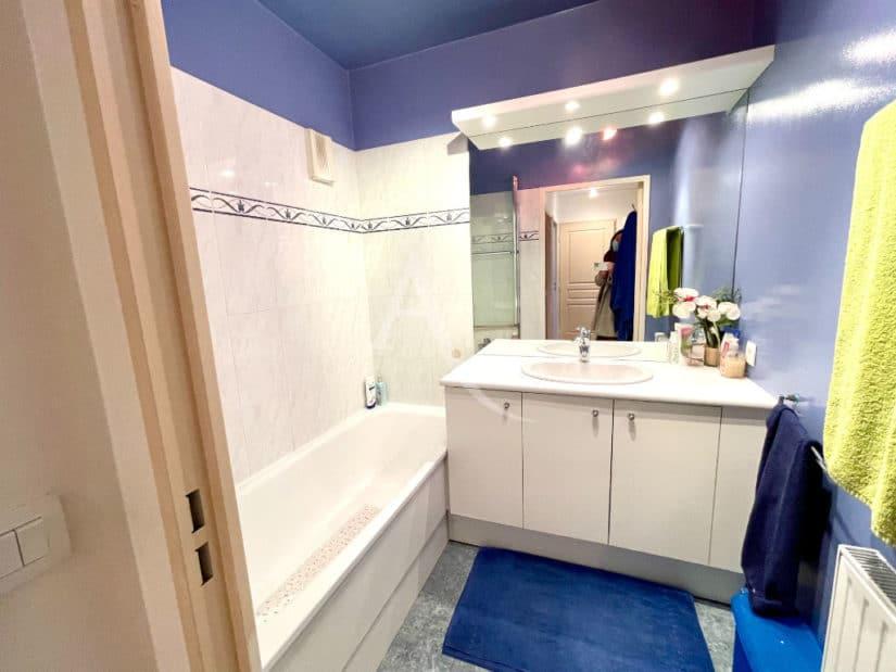 maison alfort vente appartement: 3 pièces 68 m², salle de bain avec baignoire, wc séparé