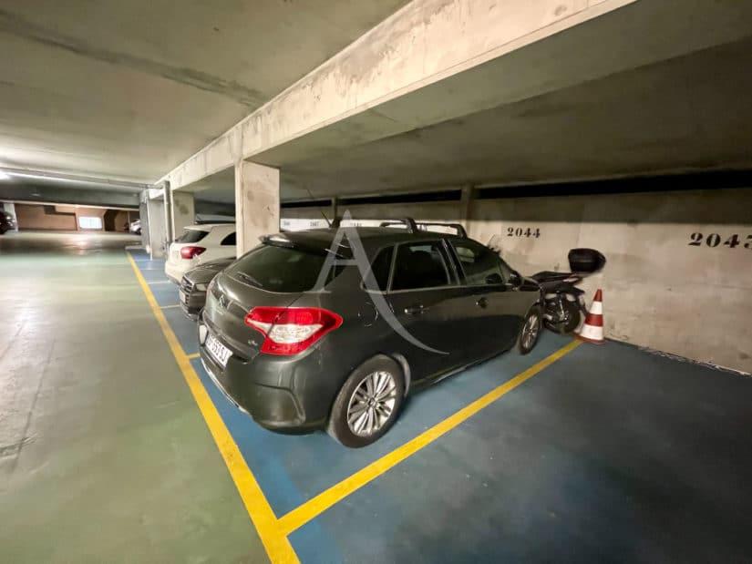 vendre son appartement à maisons-alfort: 3 pièces 68 m², place de parking au sous-sol