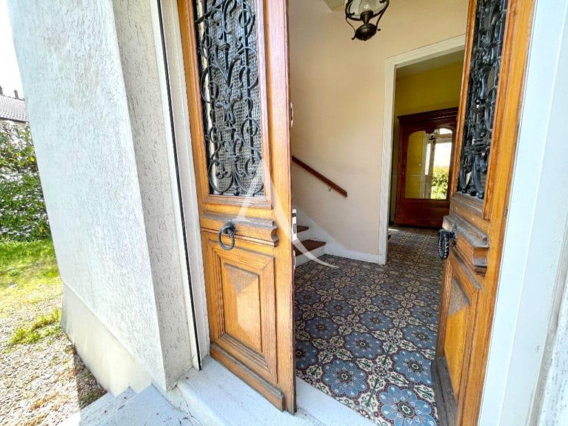 agence immo maisons alfort: 6 pièces 120 m², secteur pavillionnaire condorcet / marc sangnier
