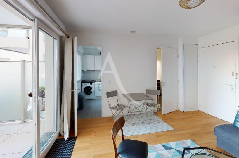 vente appartement alfortville: 27 m², pièce principale entièrement aménagée, terrasse