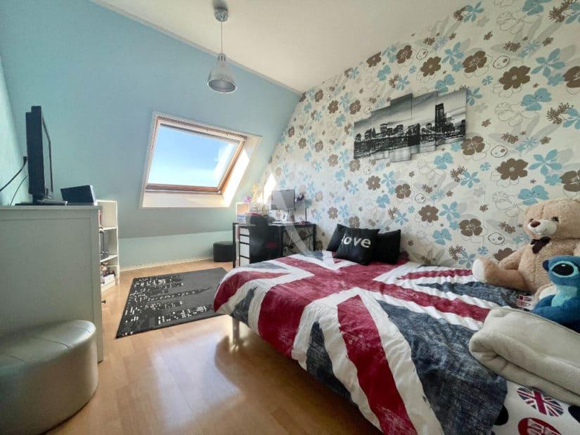 appartement à vendre à charenton le pont: 3 pièces 76 m², 1° chambre, lit double, bureau